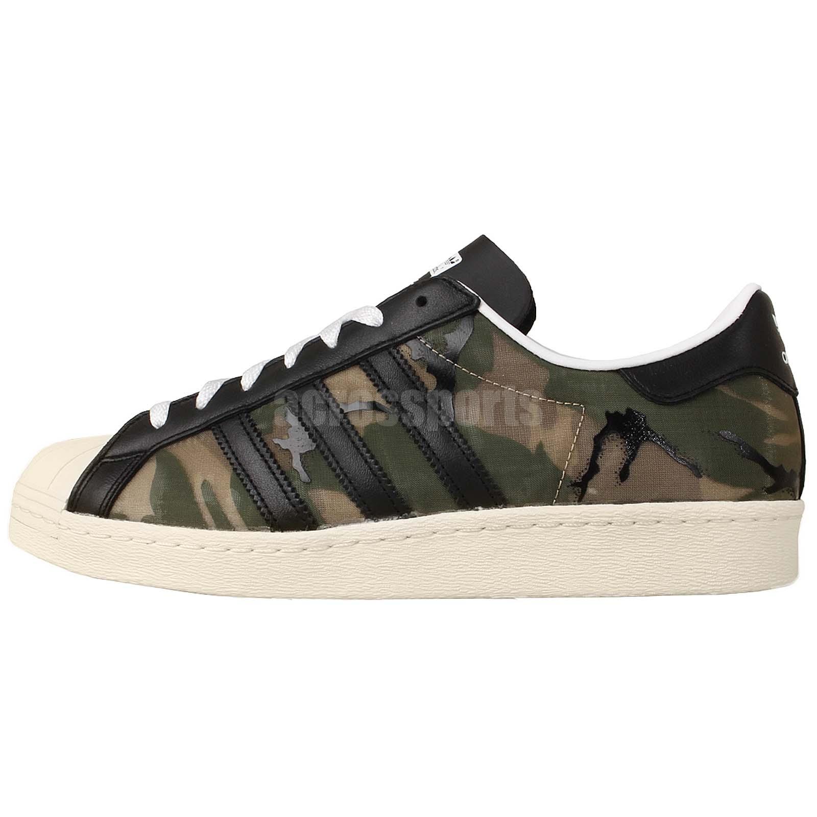 Adidas Superstar vede militare