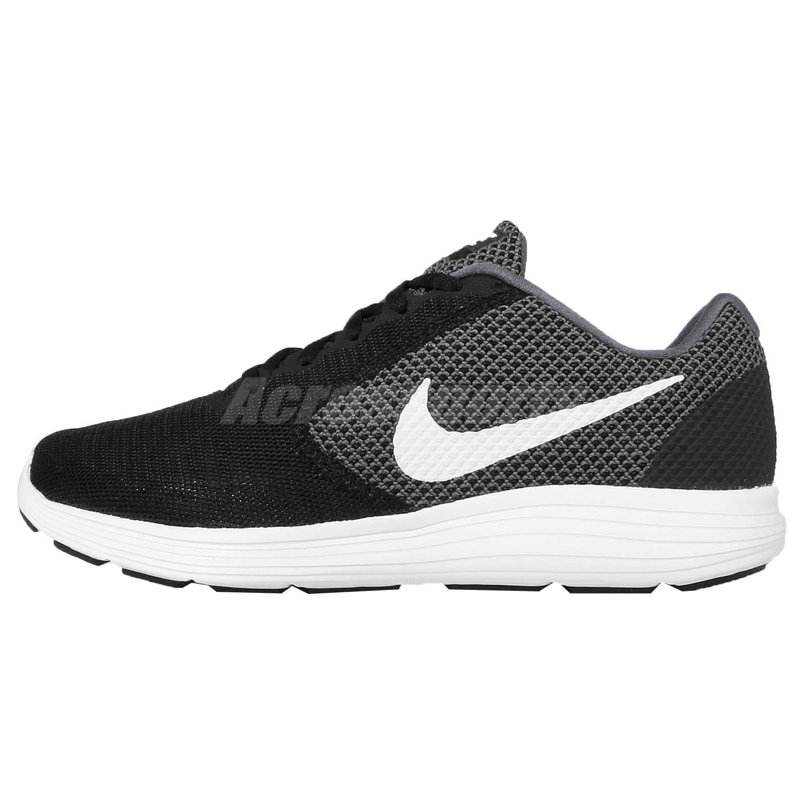 nike revolution shoes