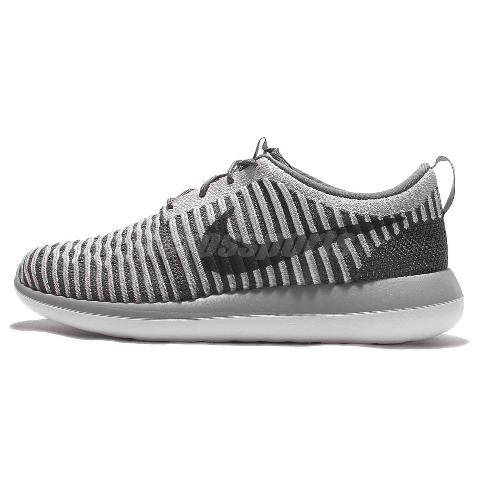 Nike Women 's Roshe Two Midnight Navy Roshe Two Flyknit