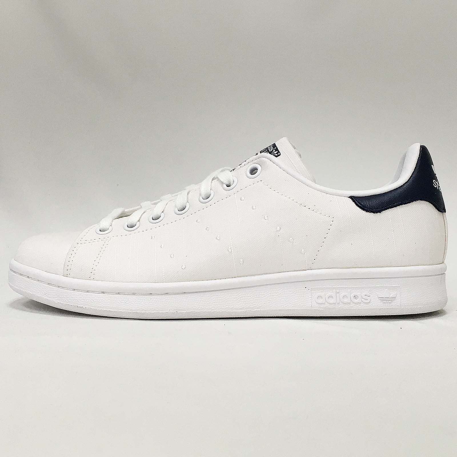 reputable site 842de ad6cd Details about adidas Originals Stan Smith W White Navy Upper With Little  Stain Women S75561