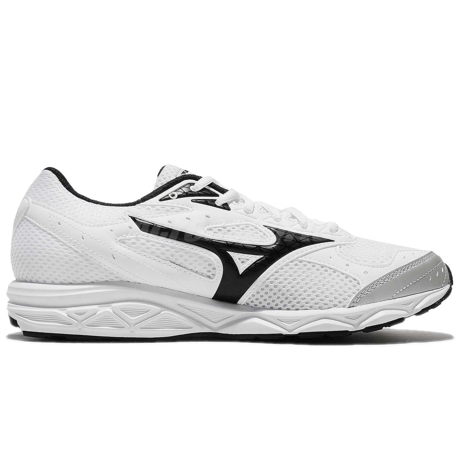 Mizuno Running shoes MAXIMIZER 20 K1GA1800 Black × White × Green Free shipping