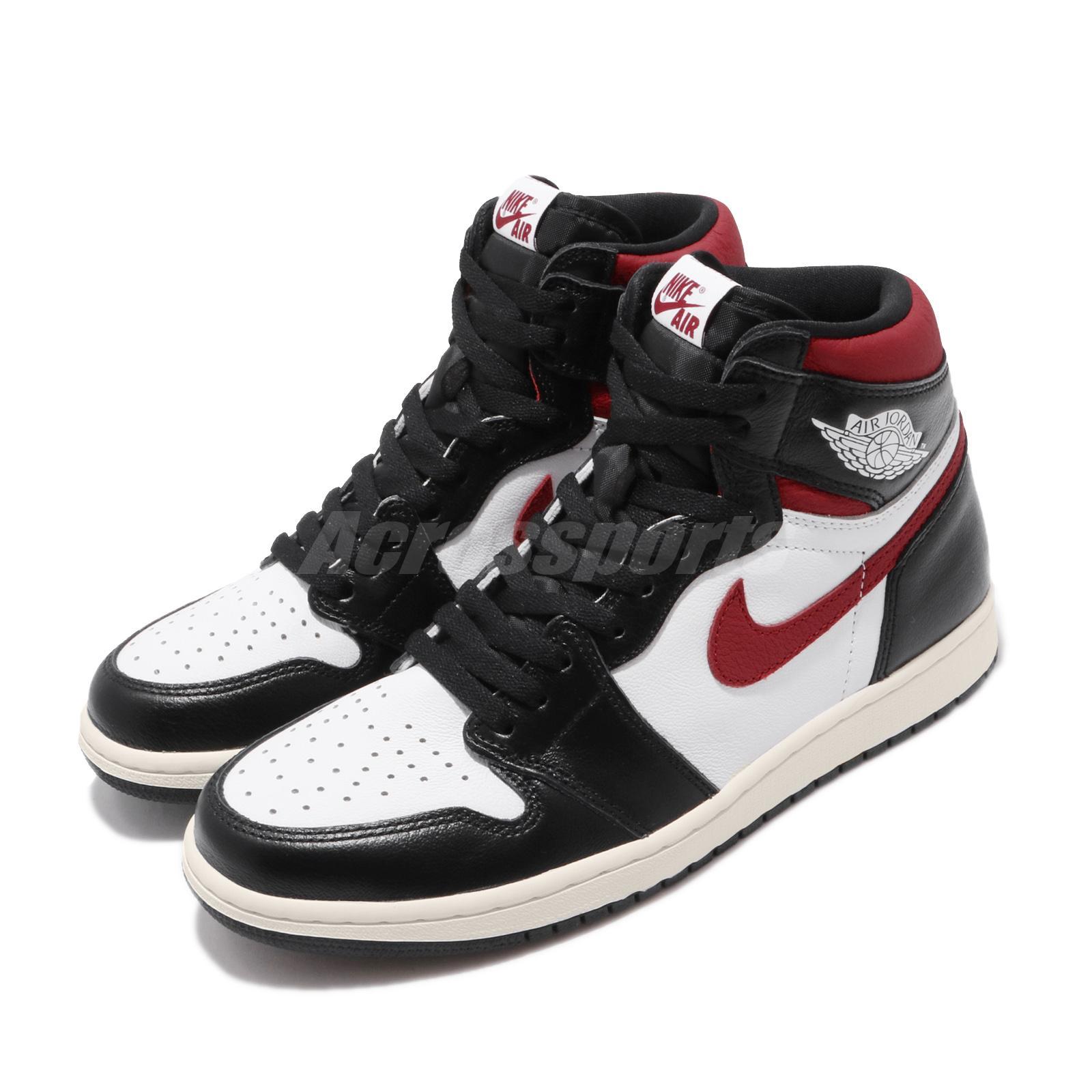 Nike Air Jordan 1 Retro High OG (Black White Black)