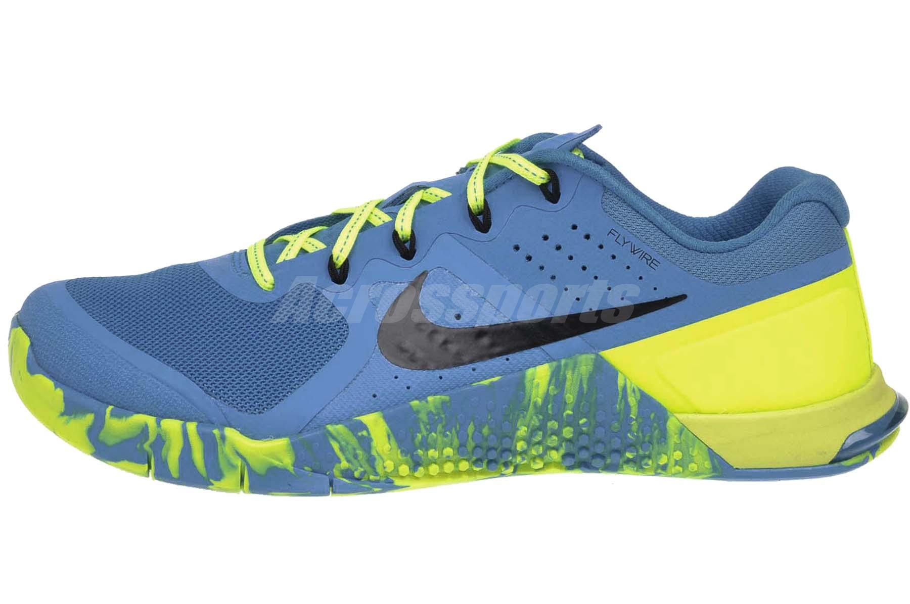 nike trainers blue with yellow ticket
