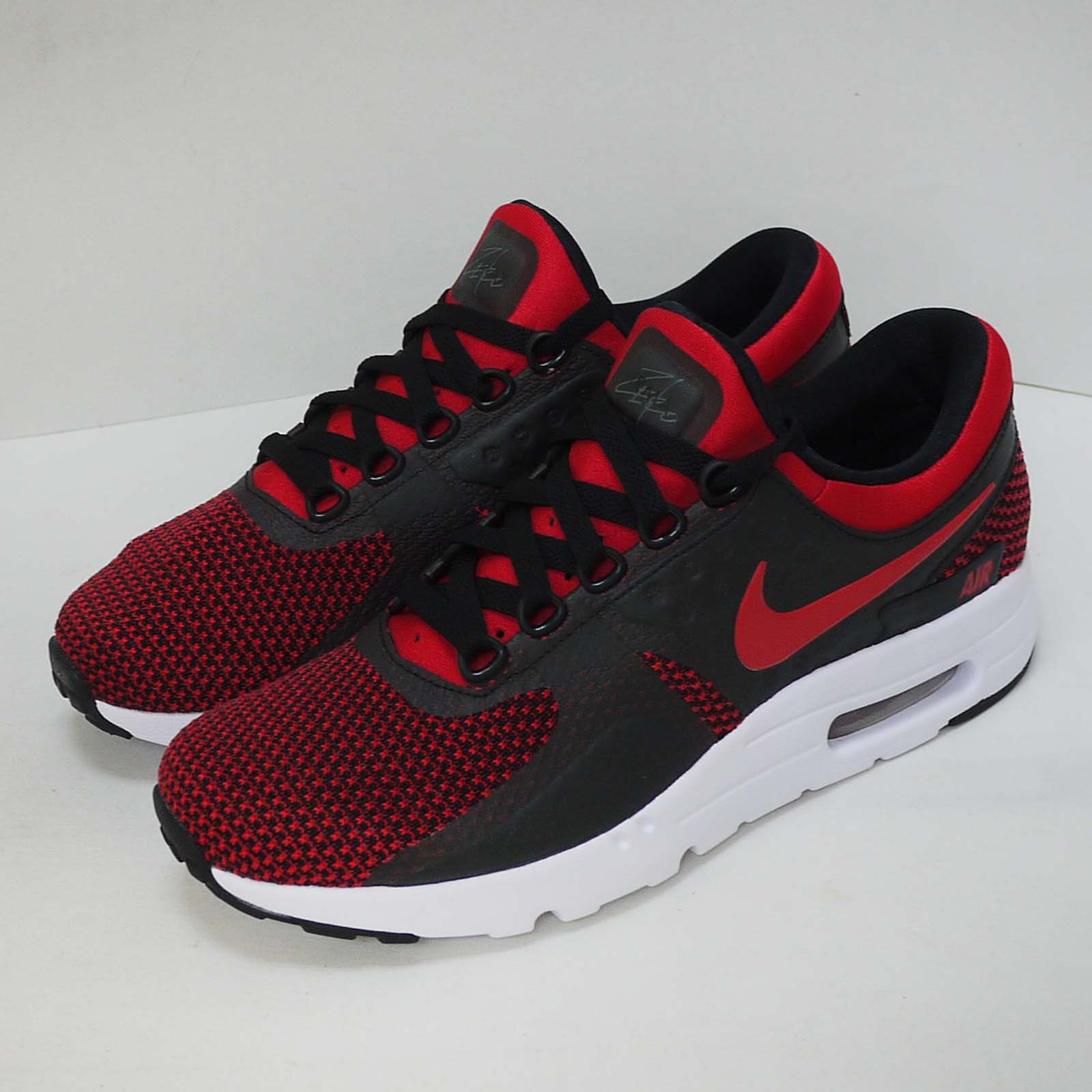 e5016e5c8c76 Details about Nike Air Max Zero Essential Right Foot With Tiny Defect Men  Shoes 876070-600